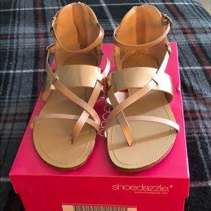 Shoe dazzle 7.5 nude and rose gold Sandel